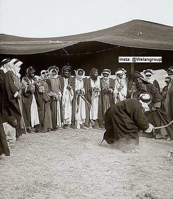 من التقاليد العربية الاصيلة هي المبارزة بالسيف حتى في المناسبات الاعراس وغيرها